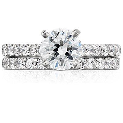 Anillo con pavé de diamantes en platino (1/2 qt. total)