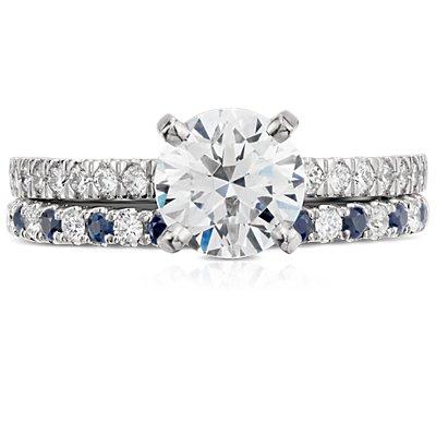Anillo con pavé de diamantes y zafiros Riviera en platino (1,5mm)