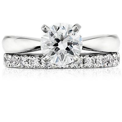 Anillo de eternidad con pavé de diamantes francés en oro blanco de 14 k (1 qt. total)