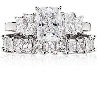Radiant Cut Diamond Eternity Ring in Platinum (3.00 ct. tw.)
