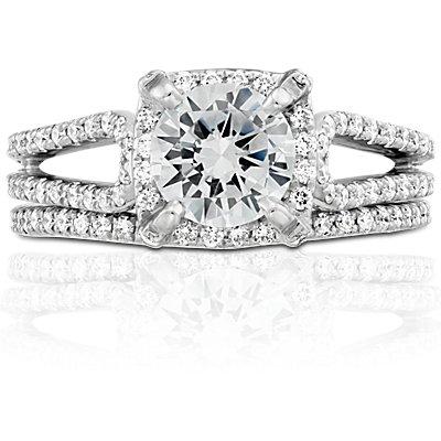 Anillo de pavé de diamantes curvo de Monique Lhuillier en platino (1/5 qt. total)