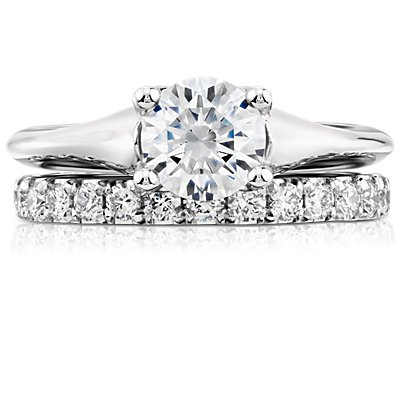 Scalloped Pavé Diamond Ring in Platinum (1/2 ct. tw.)