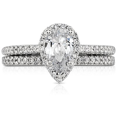 Pavé Diamond Wedding Ring in Platinum (1/6 ct. tw.)
