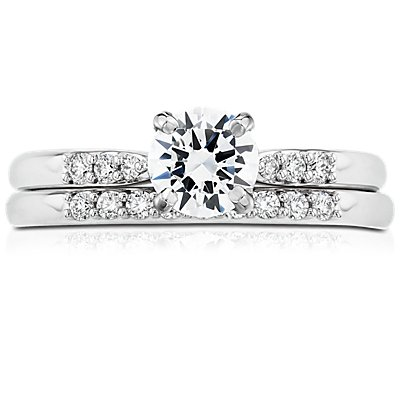 鉑金小巧鑽石戒指(1/10 克拉總重量)