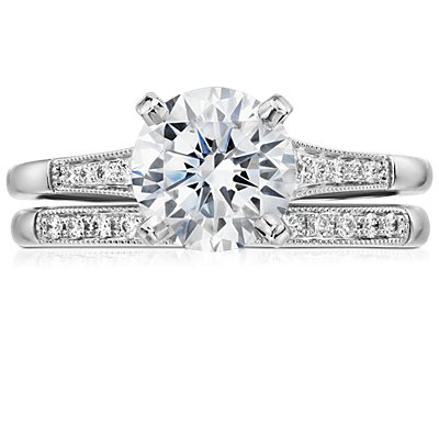 Petite Milgrain Diamond Ring in Platinum