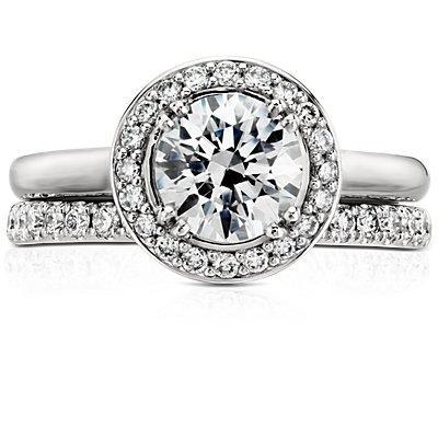 鉑金Riviera 密釘鑽石戒指( 1/4 克拉總重量)