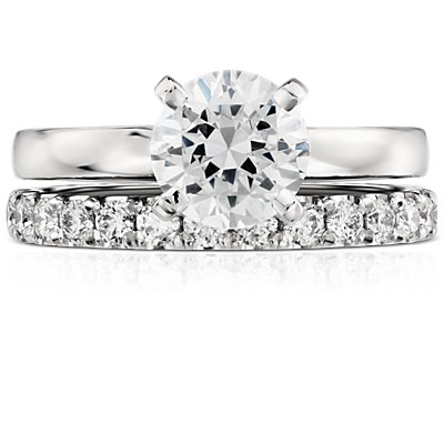 Scalloped Pavé Diamond Ring in Platinum