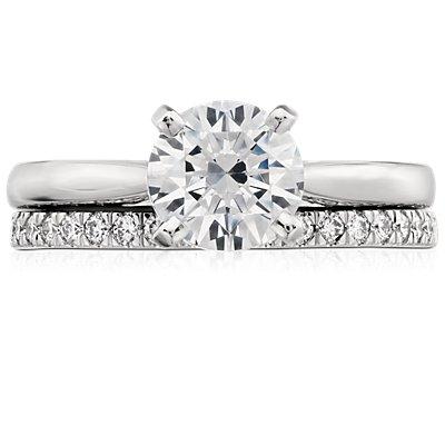 鉑金小巧密釘鑽石戒指(1/3 克拉總重量)