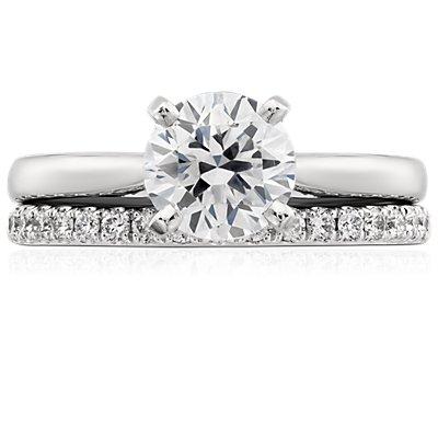 铂金 Riviera 密钉钻石戒指<br>(1/4 克拉总重量)