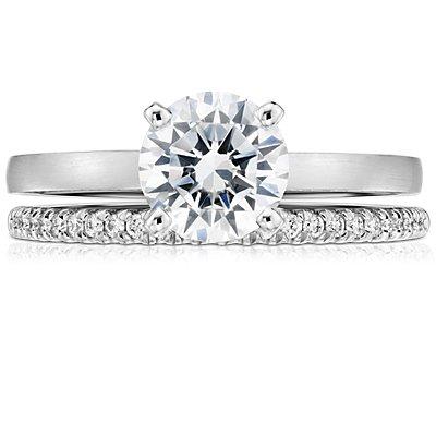 Petite bague de fiançailles en diamants sertis micro-pavé en platine (1/10carat, poids total)
