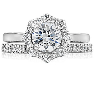 Classic Curved Diamond Ring in Platinum (1/6 ct. tw.)