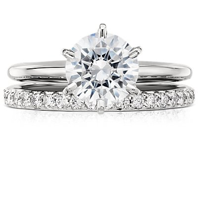 Bague d'éternité en diamants sertis pavé en or blanc 18 carats
