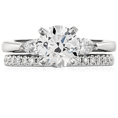 Riviera Pavé Diamond Ring in Platinum