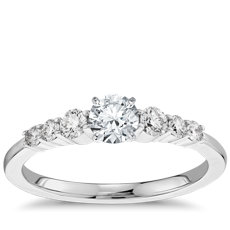 1/3 克拉14k 白金预镶嵌小巧钻石订婚戒指