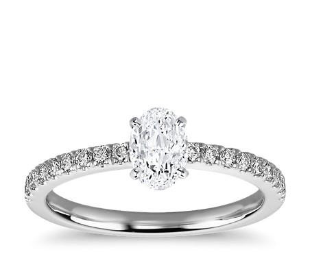 1 克拉可供发货14k 白金椭圆形切割小巧密钉钻石订婚戒指
