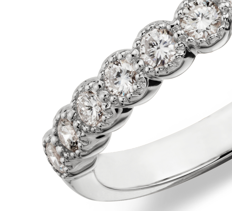 Anillo de diamantes redondos estilo milgrain en oro blanco de 14 k