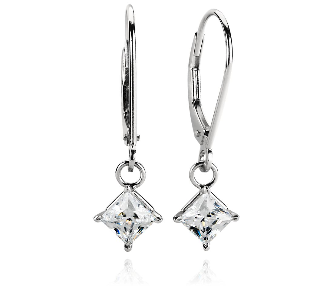 Four-Claw Leverback Dangle Earrings in Platinum