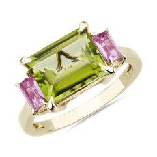 新款 14k 黃金 3-Stone Emerald-Cut Peridot and Baguette Pink Sapphire Sidestone Ring