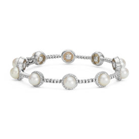 Akoya Cultured Pearl and Diamond Bracelet in 18k White Gold (6.5mm)