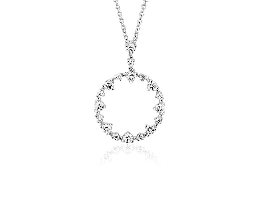 Alternating Size Diamond Circle Pendant in 14k White Gold (1/2 ct. tw.)