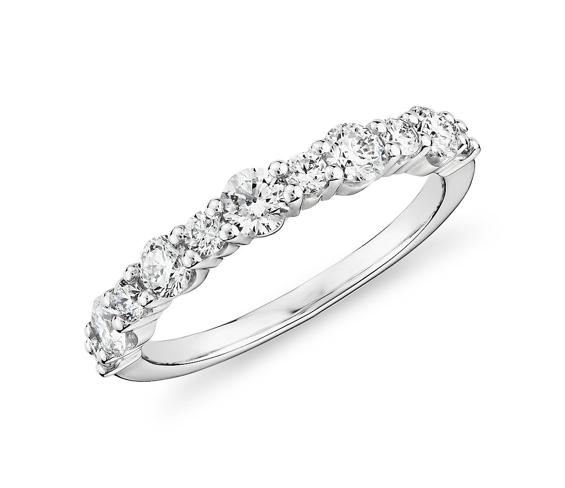 Alternating Size Diamond Ring in 14k White Gold (0.72 ct. tw.)