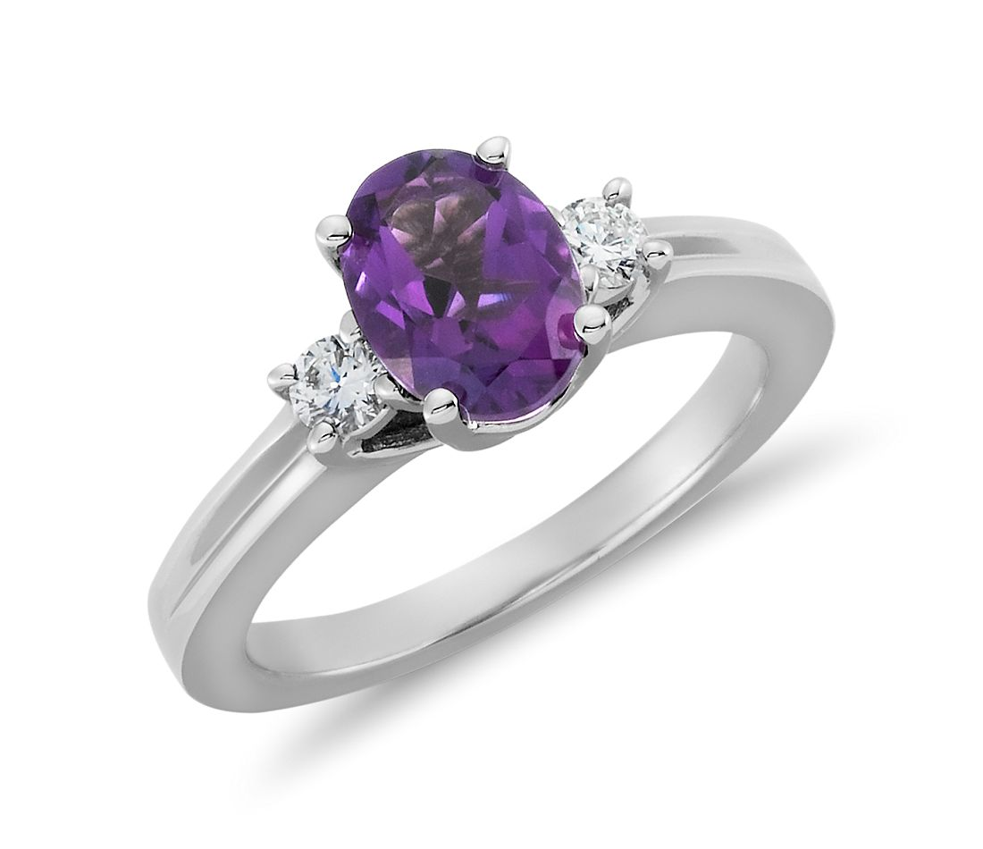 Amethyst and Diamond Ring in 18k White Gold (8x6mm)