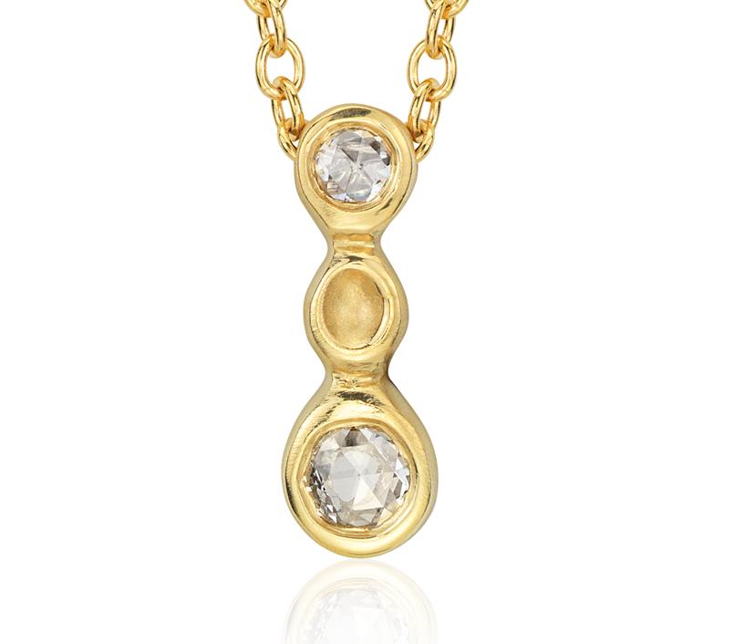 Colgante en forma de gota con tres diamantes en forma de burbuja de Anne Sportun en oro amarillo de 18k (1/10 qt. total)