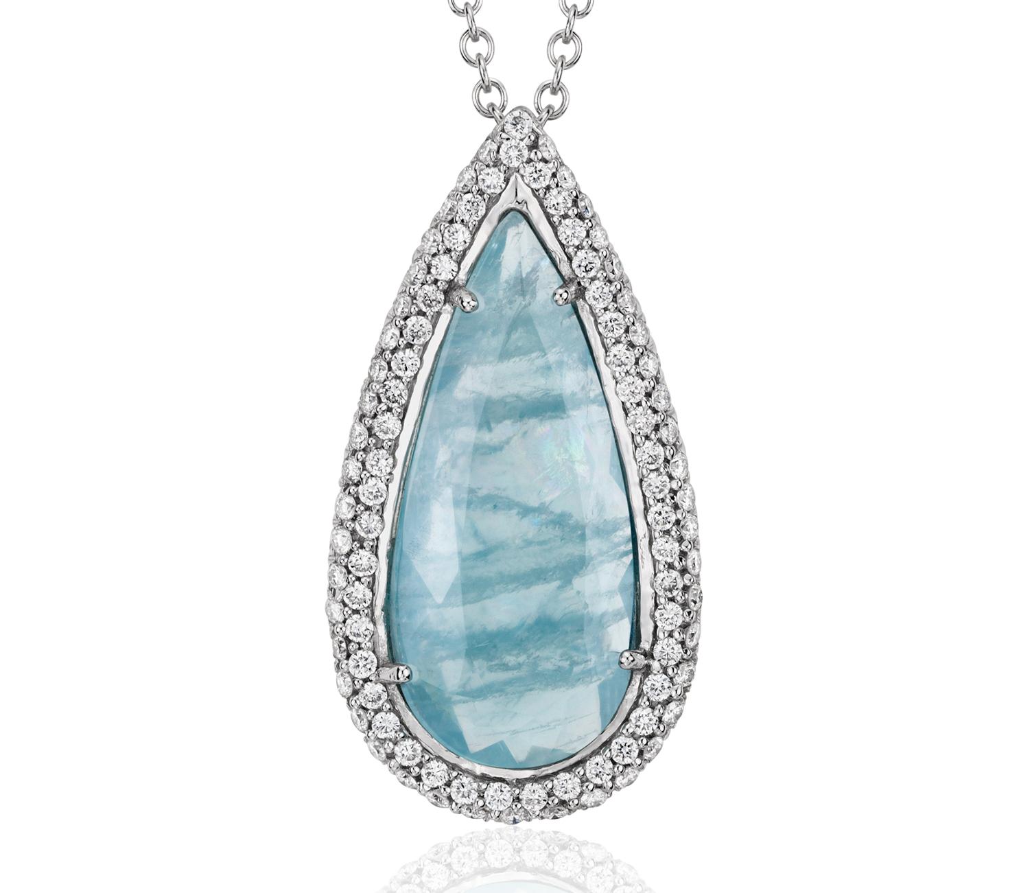 Pendentif en diamants sertis micro-pavé et aigue-marine en or blanc 18carats