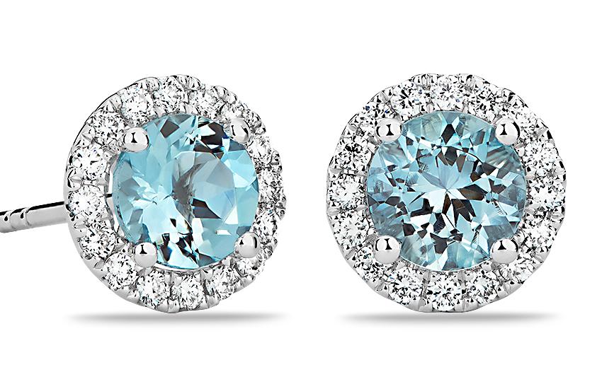 Aquamarine and Micropavé Diamond Stud Earrings in 18k White Gold (5mm)