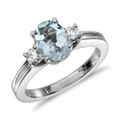 Aquamarine and Diamond Ring in 18k White Gold 8x6mm Blue Nile