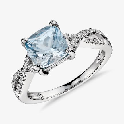 海藍寶石訂婚戒指