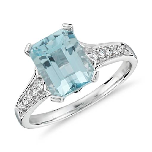 Aquamarine And Diamond Ring In 14k White Gold 9x7mm