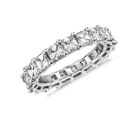 Anillo de eternidad de diamantes de talla Asscher en platino (4,0 qt total)