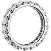Anillo de eternidad con pavé francés de diamantes de talla Asscher del estudio de Blue Nile en platino (3 qt. total)