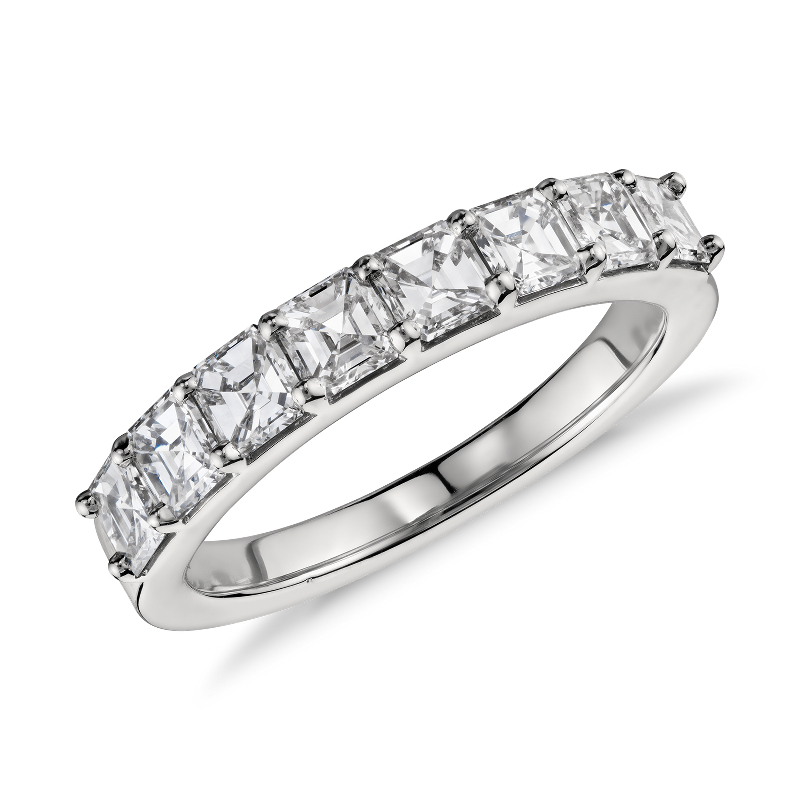 Asscher Cut Eight Stone Diamond Ring in Platinum (1 1/5 ct. tw.)