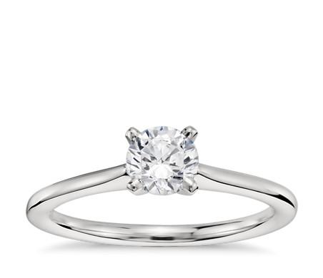 1/2 克拉 Astor by Blue Nile 钻石铂金预镶嵌小巧单石订婚戒指