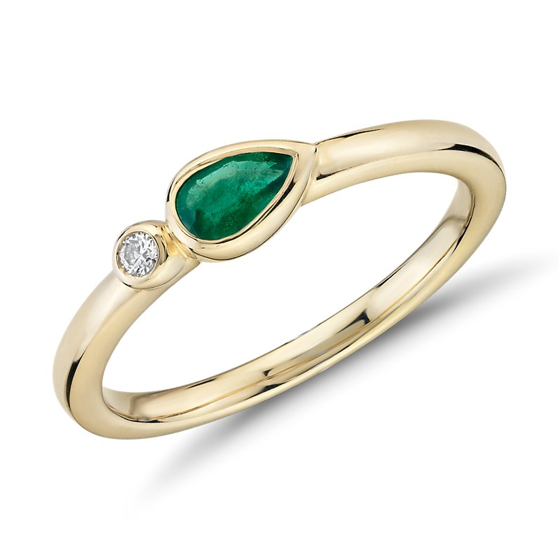 Bezel-Set Pear-Shaped Emerald and Diamond Stacking Ring in 14k Ye