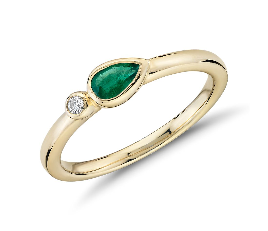 Bezel-Set Pear-Shaped Emerald and Diamond Stacking Ring in 14k Yellow Gold (3x5mm)
