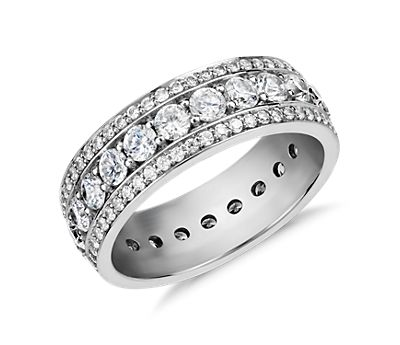 Blue Nile Studio Stella Diamond Eternity Ring in Platinum