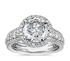 Blue Nile Studio Graduated Triple Pavé Rollover Diamond Halo Engagement Ring in Platinum (1 ct.tw)