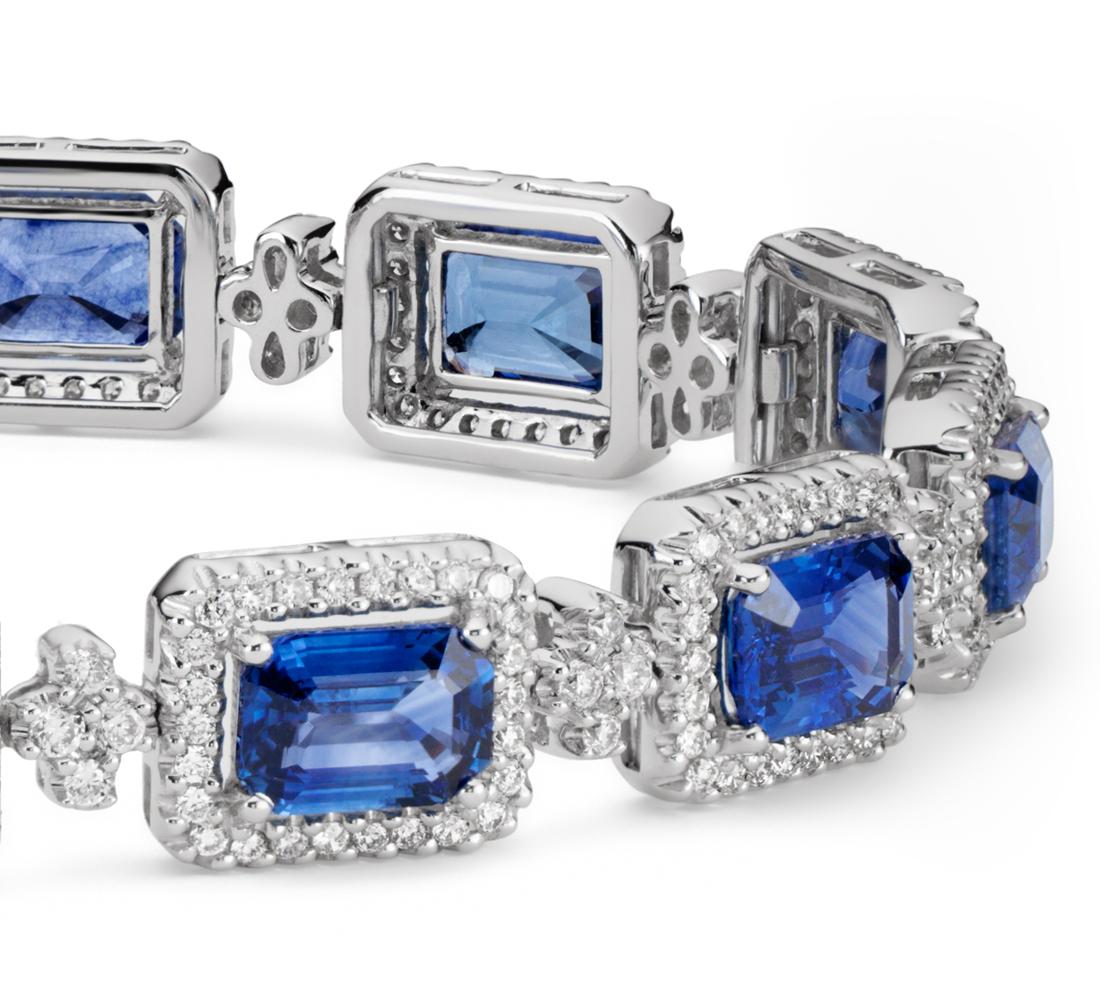 Brazalete de halo de pavé de diamantes y zafiro de talla esmeralda en oro blanco de 18 k