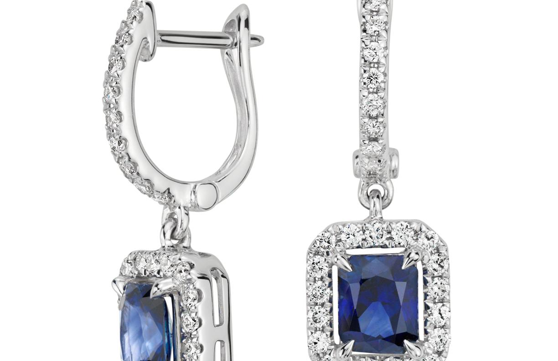 Aretes colgantes con zafiros y diamantes de talla radiante en oro blanco de 14 k (5x4mm)