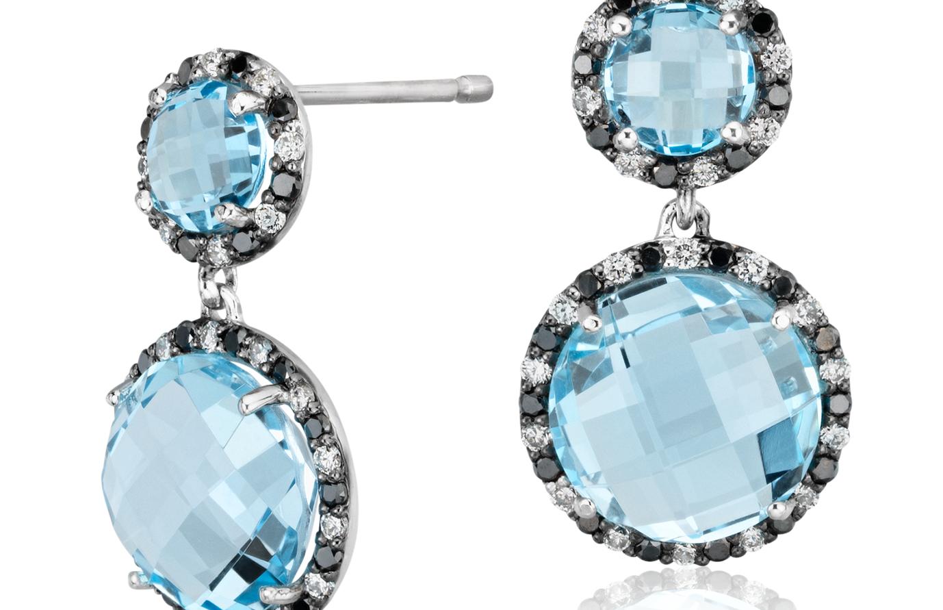 Aretes colgantes de diamante y topacio azul de Robert Leser en oro blanco de 14 k (9mm)