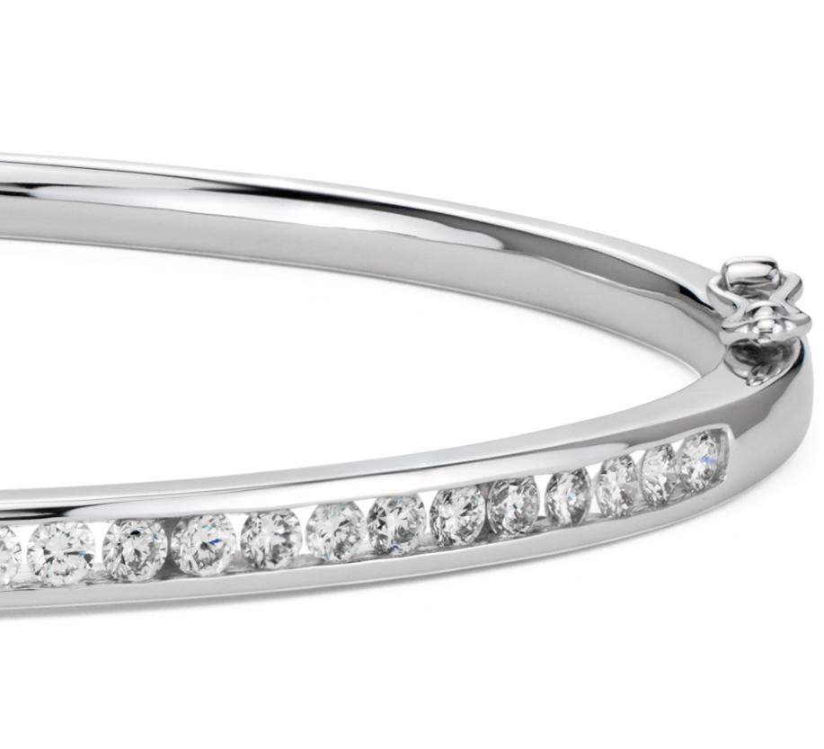Jonc diamant serti barrette en or blanc 18carats (1carat, poids total)
