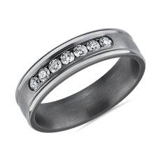 NOUVEAU Anneau diamants sertis barrette finition satinée en tantale (0,375carat, poids total)