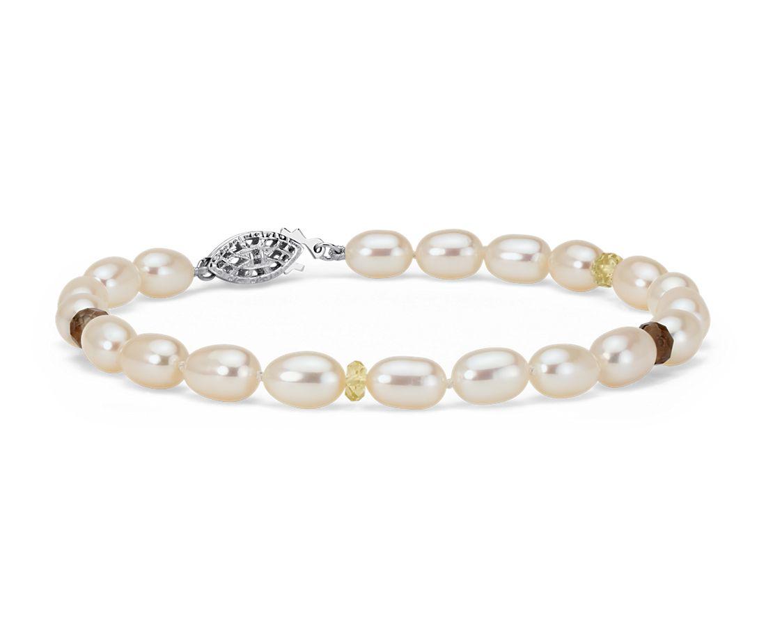 Brazalete de perlas cultivadas de agua dulce con cuarzo citrino y cuarzo ahumado en plata de ley (5,5mm)