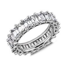 新款铂金经典祖母绿切割钻石永恒戒指(5 1/2 克拉总重量)