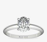 經典四爪單石訂婚戒指及結婚戒指