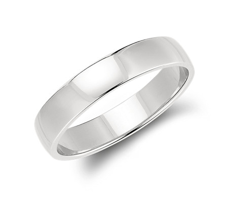 Classic Wedding Ring in Platinum (5mm)
