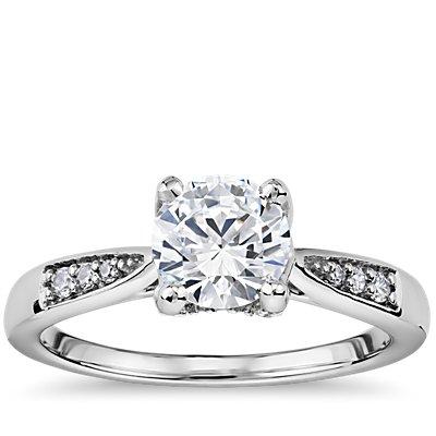 鉑金 Colin Cowie 尖頂長方形小巧鑽石訂婚戒指(1/5 克拉總重量)